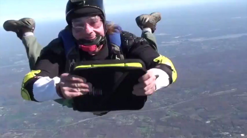Sky-diving-with-rugged-G-Form-iPad-Extreme-Sleeve.jpg