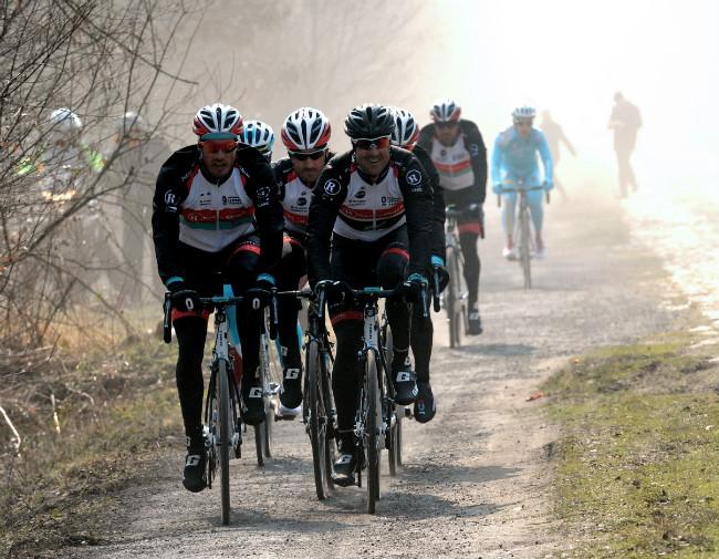 Paris-Roubaix2_movistarTV-650.jpg