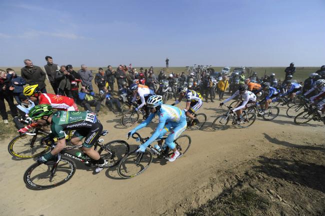 Paris-Roubaix_MovistarTV-650.jpg