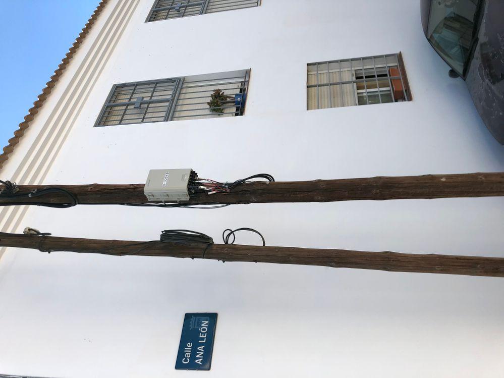 la cto  desde donde nos quieren conectar la fibra a mas de 220 m de casa