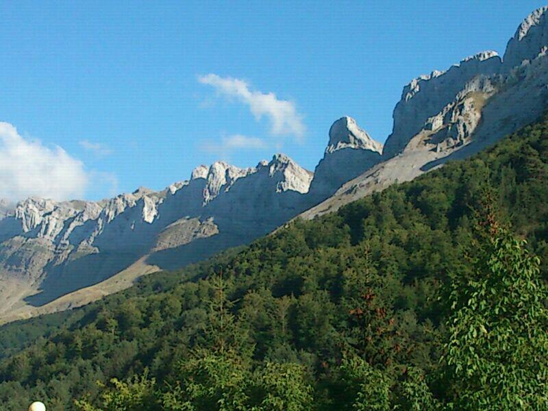 Cresta de Alano (Zuria).jpg