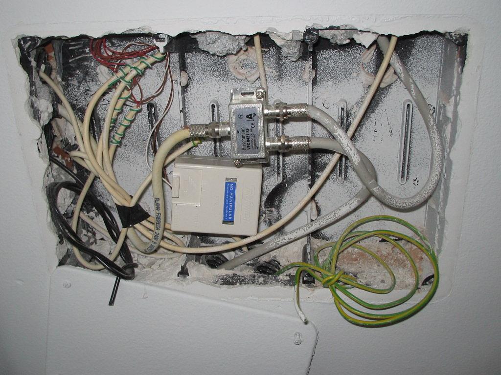 Instalacion fibra en casa rosetas tv comunidad movistar - Television en casa ...